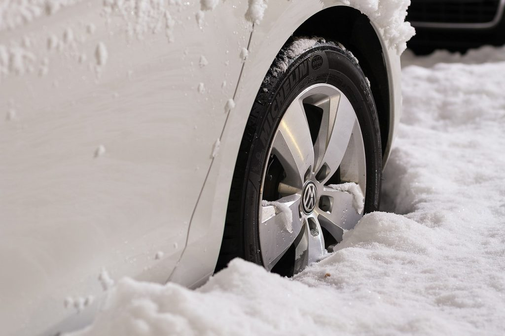 wheels 1813465 1280 1024x682 - 6 ways to protect your car this winter