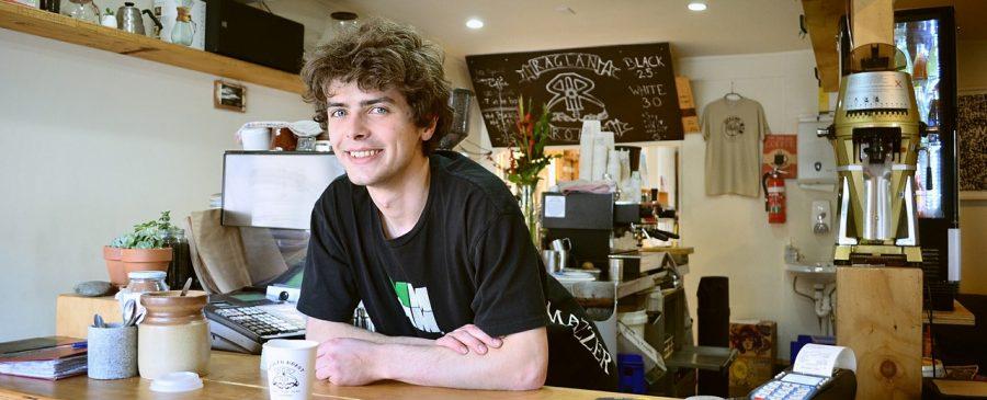 Retail Worker Lone Working Jobs